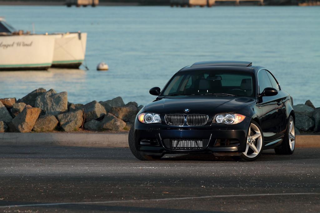 IMAGE: http://www.ironcreek.net/photos/_s/1024/Vehicles/2012-01-20%20BMW%20135i/IMG_0122.JPG